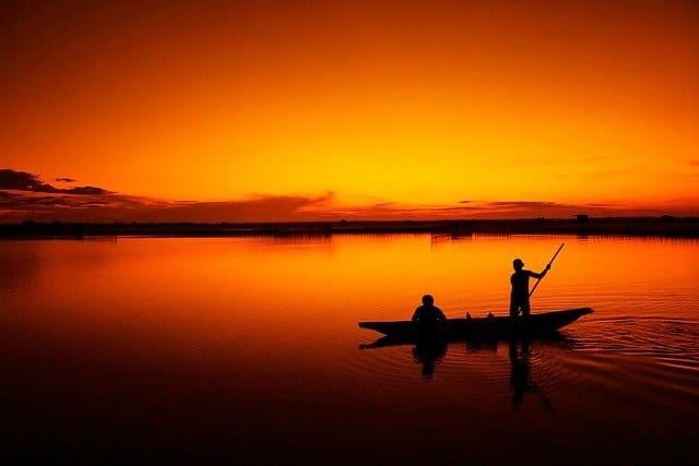 boat-164977_640